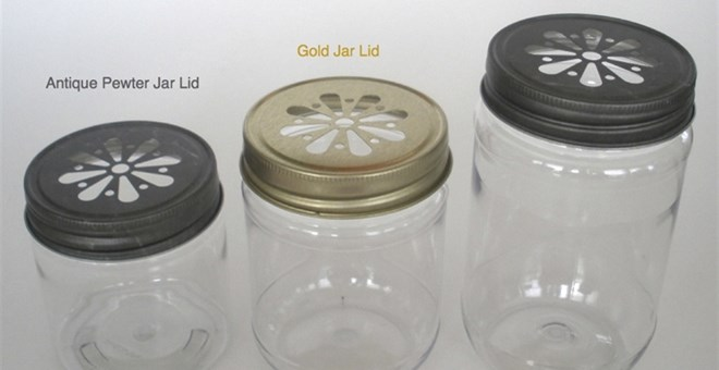 Plastic Mason Style Jars and Daisy Cut Lids
