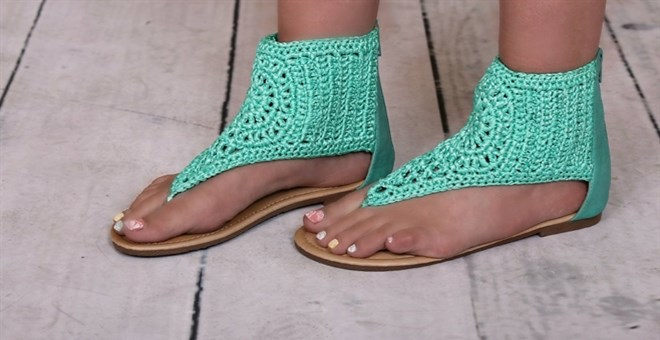 Adorable Crochet Sandals!