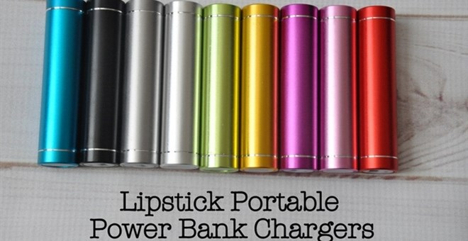 Portable Lipstick Chargers- 8 Colors!