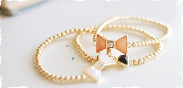 Dainty Bow Bracelet-3 Colors!