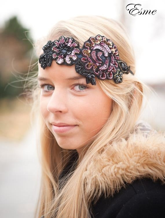 Bows and Bespoke offer a wide range of bespoke headbands, turbans, clothing, alice bands, quilted and classic bows all designed by Chantal Turner. Chantal has put together an irresistible collection that taps into whatever vibe your little style icon is channeling.
